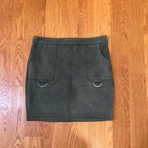 Lf Store seek suede skirt new medium